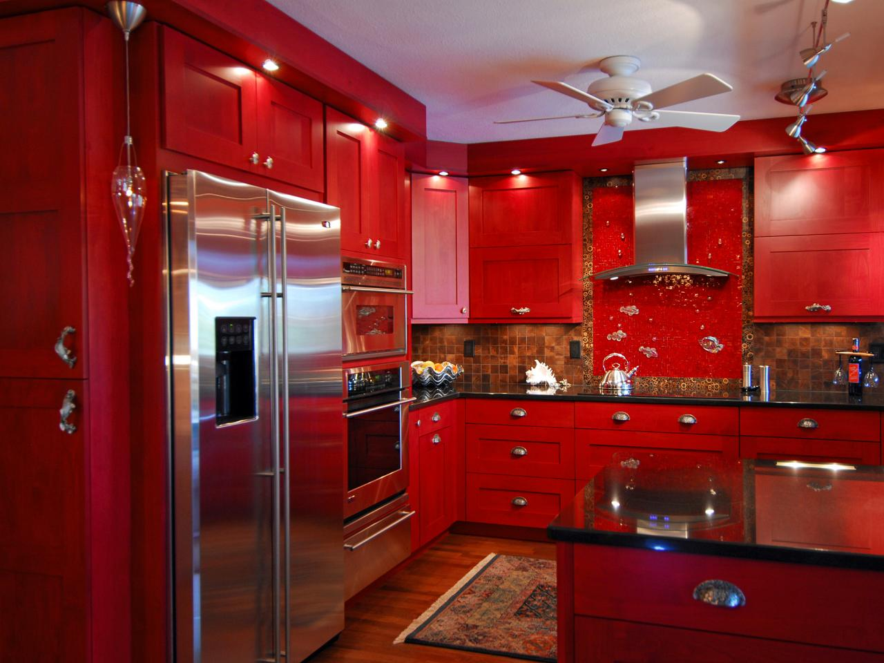 25 colorful kitchens  msncom
